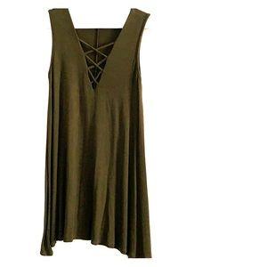 Olive green mini dress! 🌿